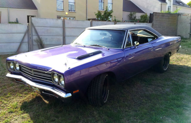 Seller Of Classic Cars 1969 Plymouth Road Runner Purple