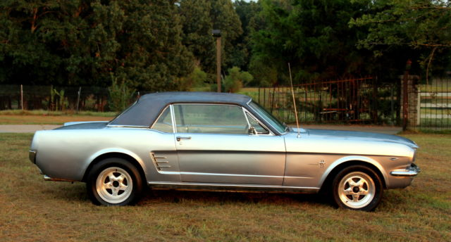 19650000 Ford Mustang (BLUE/BLUE)