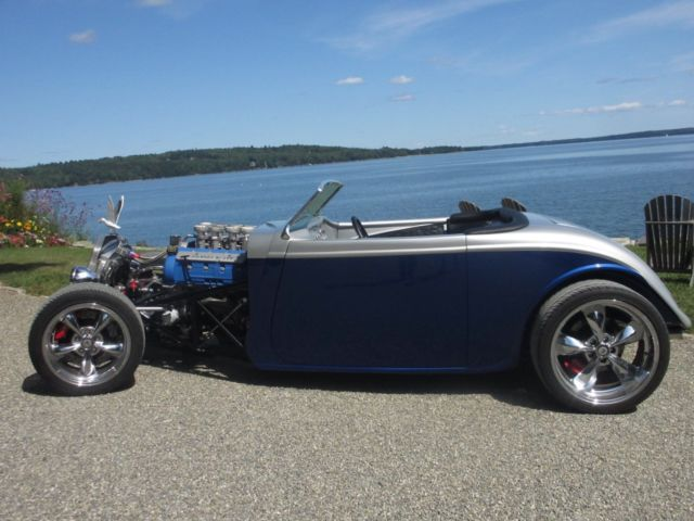 1933 Replica/Kit Makes Factory Five 33 Hot Rod (Iridium Silver and Marlin Blue/Black)