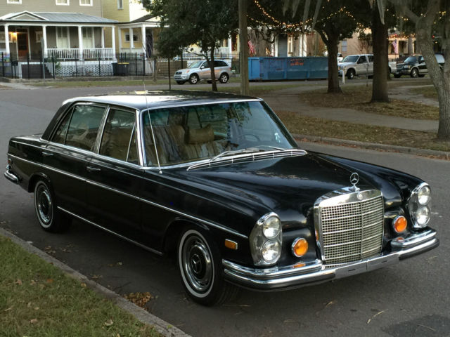 Seller of classic cars 1972 mercedes benz 300 series db for Mercedes benz private sellers