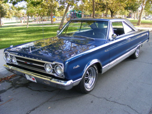 1967 Plymouth Satellite (Blue/Black)