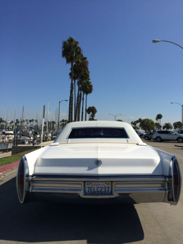 Seller Of Classic Cars 1968 Cadillac Fleetwood White