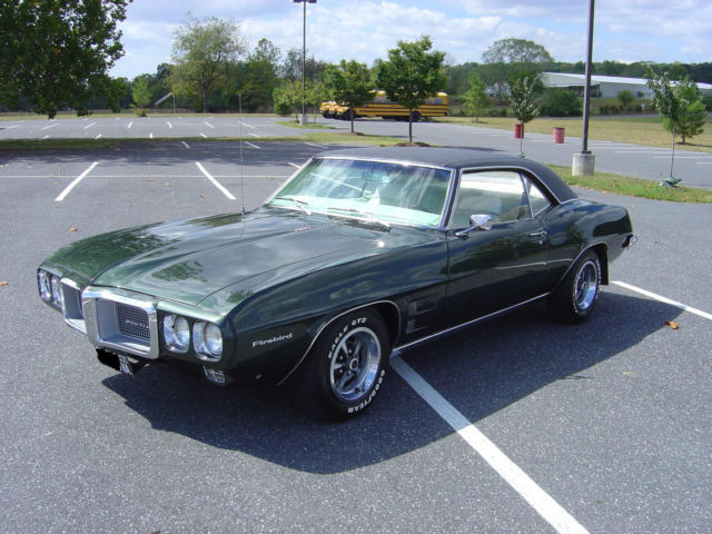 seller of classic cars 1969 pontiac firebird midnight green parchment. Black Bedroom Furniture Sets. Home Design Ideas