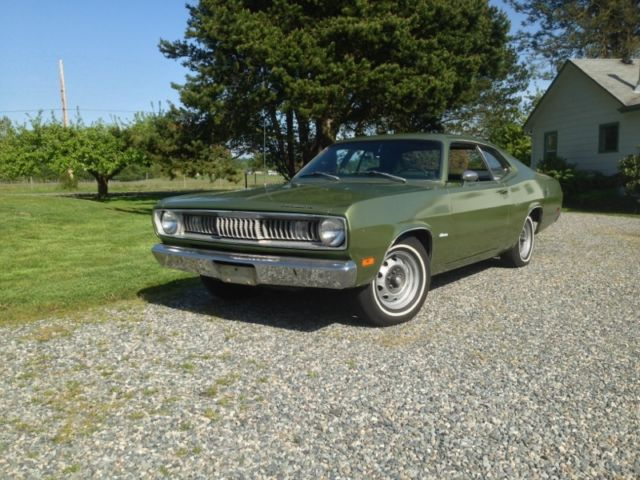 1971 Plymouth Duster (GF3 Amber Sherwood Metallic/GF7 Sherwood Green Metallic)