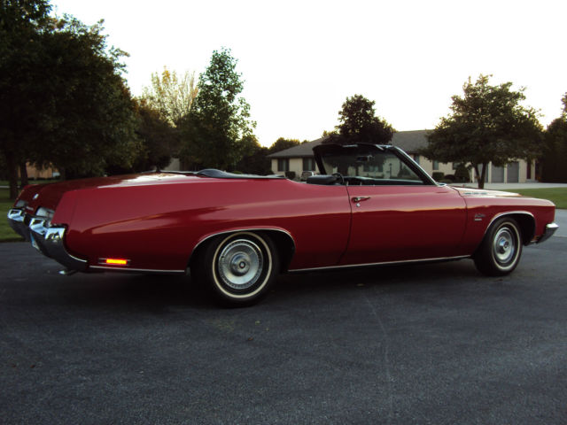 1971 Buick LeSabre (Red/Black Leather)