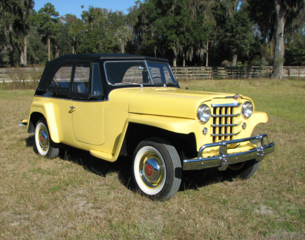 1951 Willys Jeepster (Yellow/Black)