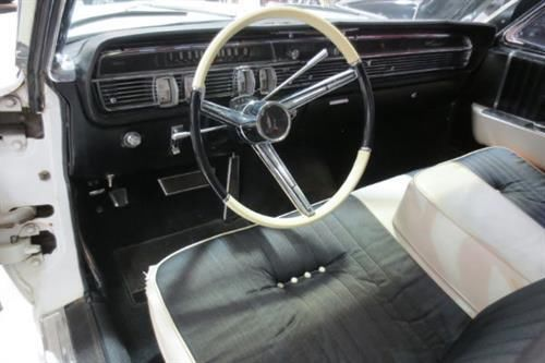seller of classic cars 1964 lincoln continental white. Black Bedroom Furniture Sets. Home Design Ideas