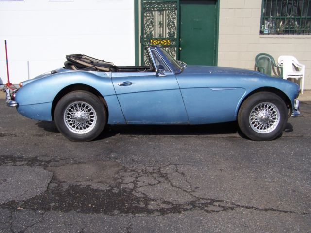 1967 Austin Healey 3000 (Silver Blue/Black)