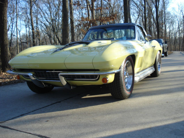Acura Dealers St Louis >> Seller of Classic Cars - 1967 Chevrolet Corvette (Yellow ...