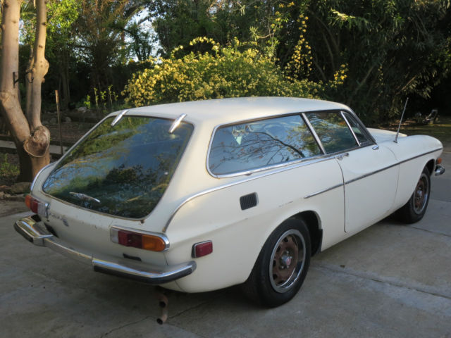1973 Volvo P1800ES P 1800 ES 3 door sports wagon (Volvo Cascade White/Blue)