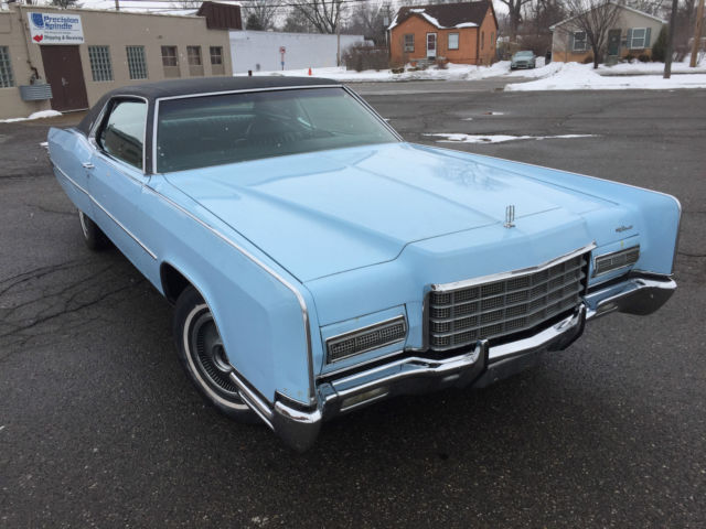 seller of classic cars 1972 lincoln continental light. Black Bedroom Furniture Sets. Home Design Ideas