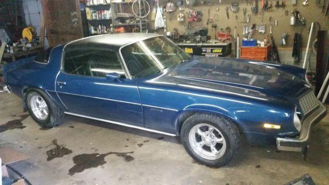 Seller of Classic Cars - 1976 Chevrolet Camaro (Blue/Black)