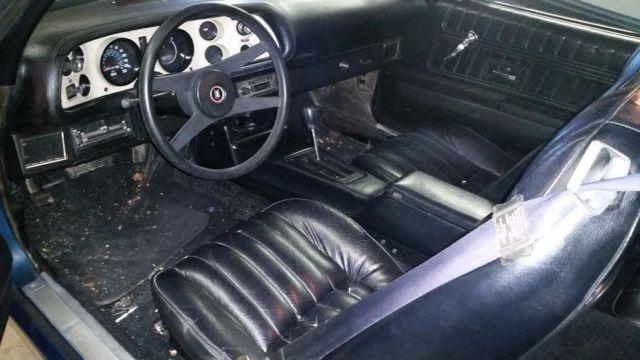 Seller Of Classic Cars 1976 Chevrolet Camaro Blue Black