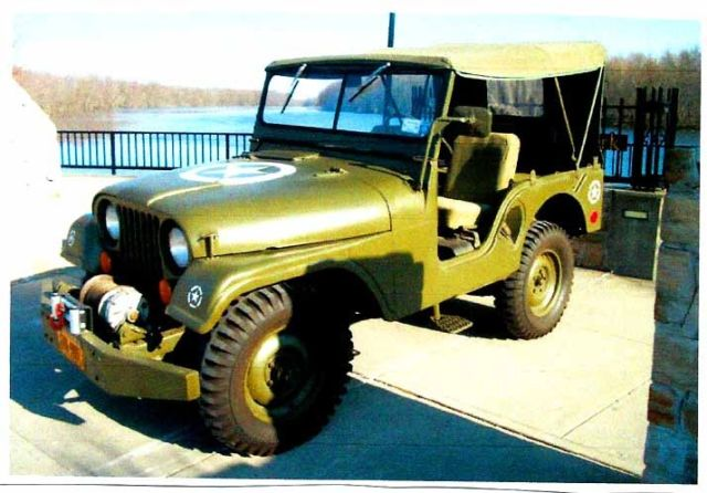 1954 Willys M38 A1 (Army Green/Army Green)
