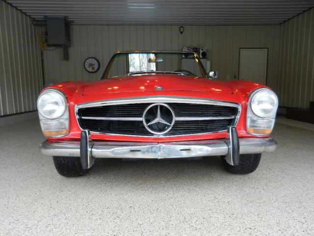 Seller of classic cars 1967 mercedes benz sl class red for Mercedes benz private sellers