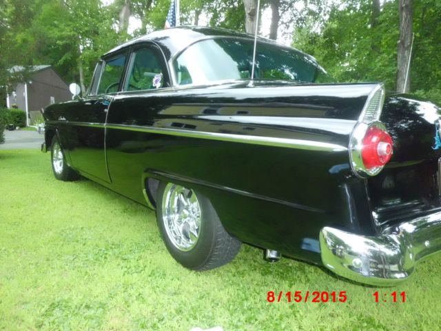 Seller of classic cars 1955 ford customline black blue for 1955 ford customline 2 door