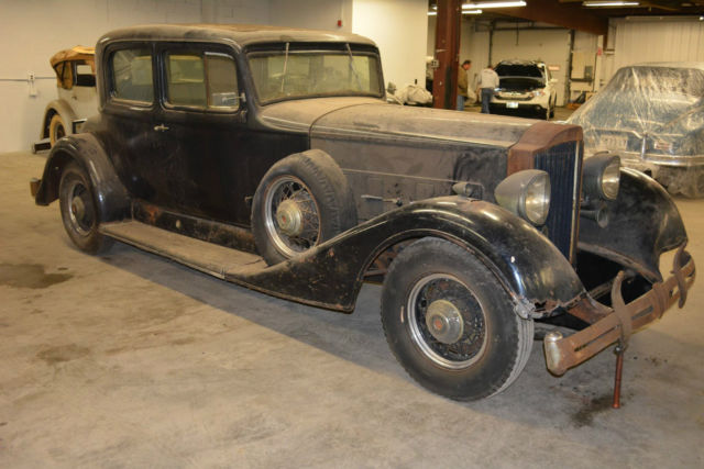 1934 Packard 1104 (Orange/Tan)