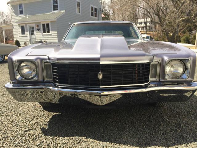seller of classic cars 1972 chevrolet monte carlo silver black. Black Bedroom Furniture Sets. Home Design Ideas