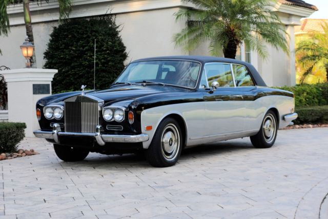 1972 Rolls-Royce Corniche (Black and Silver/Red)