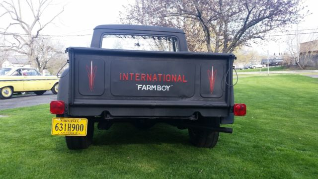 1963 International 900 (Black/Black)