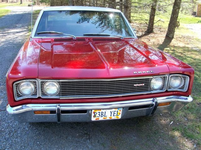 Seller of Classic Cars - 1969 AMC REBEL (Red/Red)