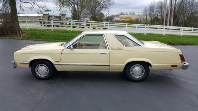 1978 Ford Fairmont (Yellow/Yellow)