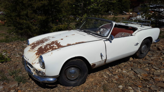 1965 Triumph Spitfire (White/Red)