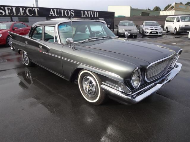 1961 Chrysler Newport (Gray/Black and White)