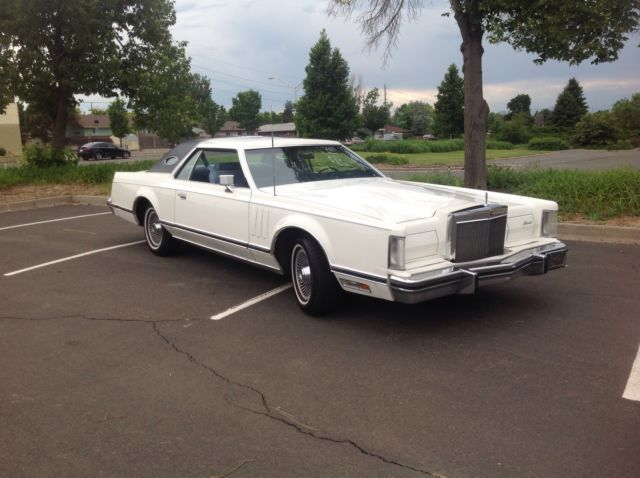 1978 Lincoln Mark Series (White/Wedgwood blue)