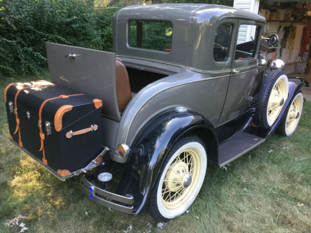 1931 Ford Model A (french gray/brown)