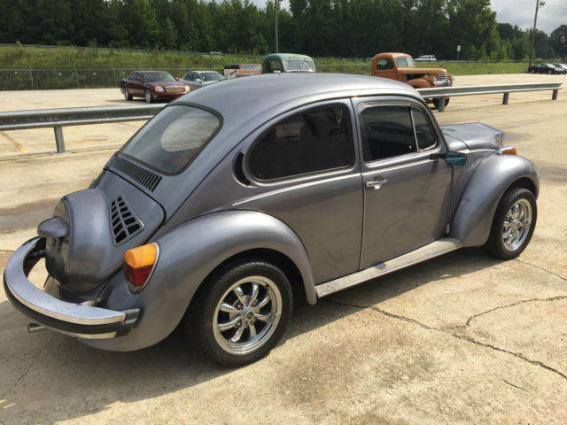 seller of classic cars 1974 volkswagen beetle classic silver red. Black Bedroom Furniture Sets. Home Design Ideas
