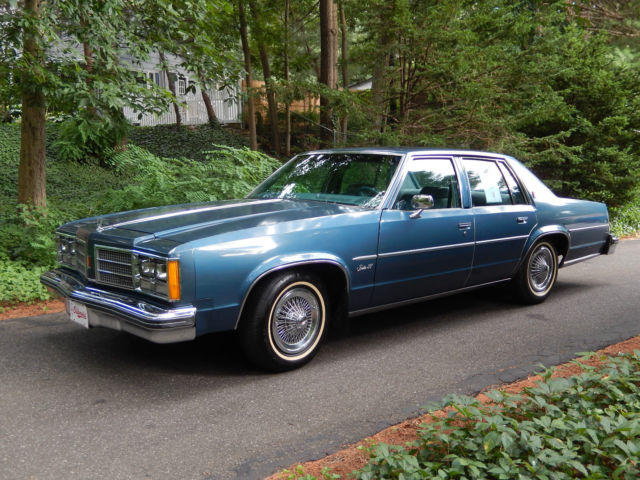 1978 Oldsmobile Eighty-Eight (Blue/Blue)