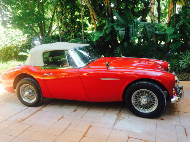 1967 Austin Healey 3000 (Red/cream)