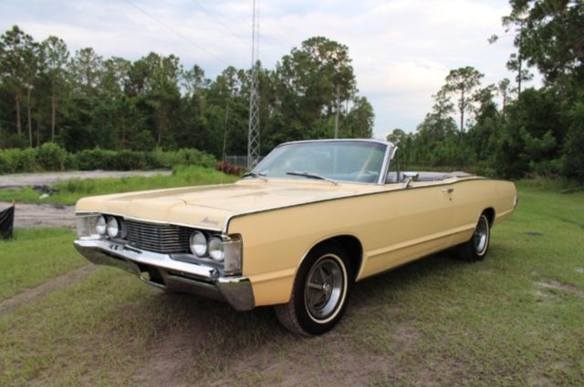 1968 Mercury Monterey (Yellow/Black)