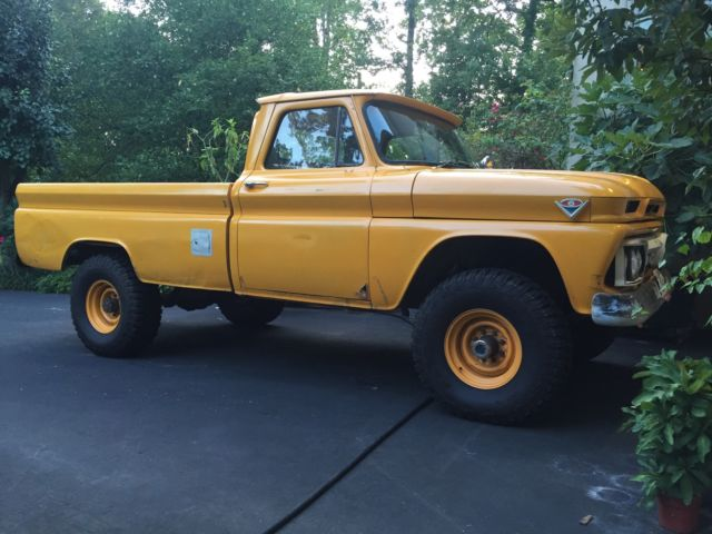 1965 GMC K15/K20 (Yellow/Gray)