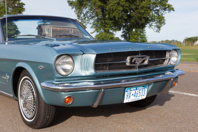 Seller Of Classic Cars 1965 Ford Mustang Silver Blue
