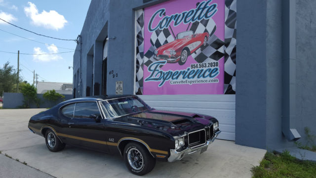 1971 Oldsmobile 442 (Black/Black)