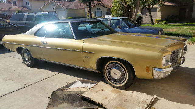 1971 Oldsmobile Eighty-Eight (Gold/Gold)