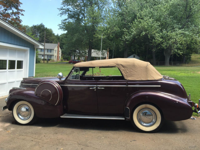 1940 Buick Special (Burgundy/Red)