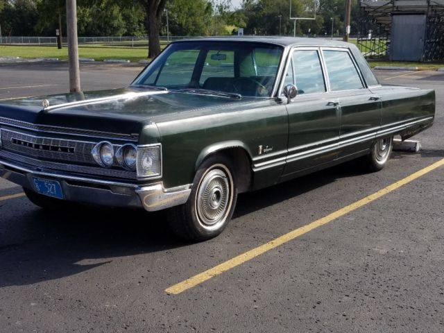 1967 Chrysler Imperial (Green/Green)