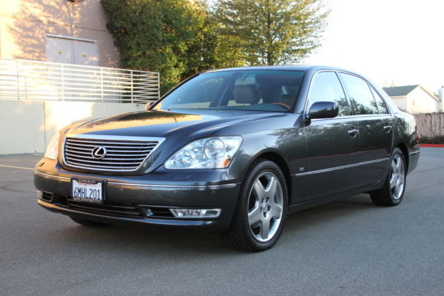 2005 Lexus LS (Dark Grey/Light Grey)