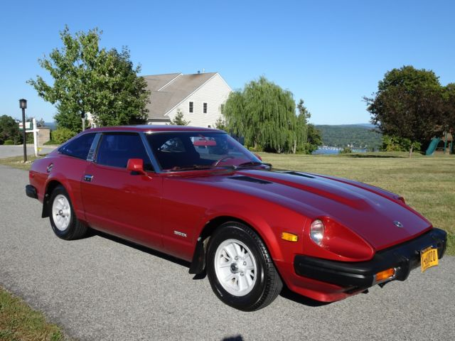 1979 Datsun Z-Series (Maroon/Red)