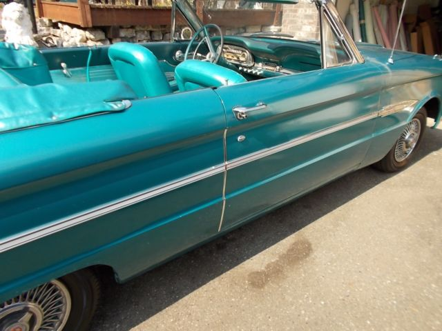 1963 Ford Falcon (Turquoise/Turquoise)