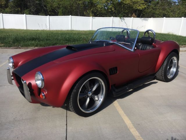 1966 Replica/Kit Makes Cobra (Red/Black)