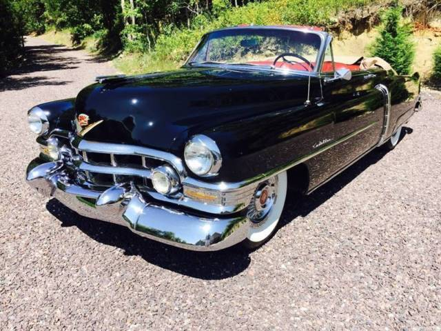 1952 Cadillac Series 62 (Black/Red)