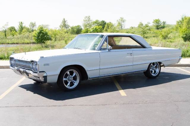 1965 Dodge Polara (White/Gold)