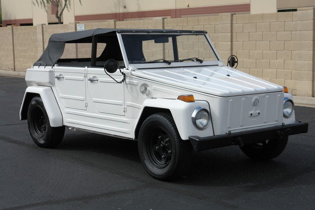 1974 Volkswagon Thing (White/Black)
