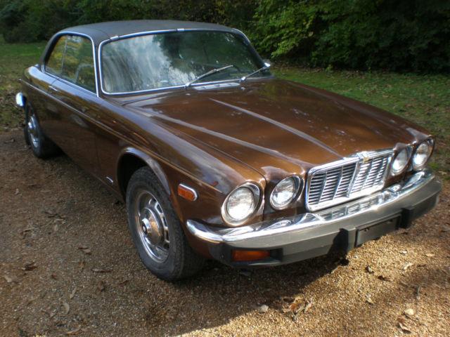 Seller of Classic Cars - 1976 Jaguar XJ6 (Brown/Tan)
