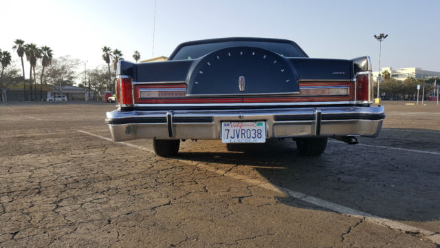 Seller of Classic Cars - 1977 Lincoln Continental (Black/Black)