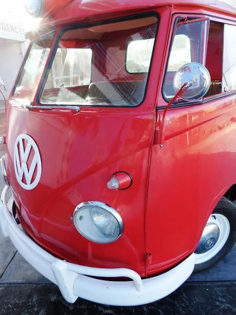 1959 Volkswagen Bus/Vanagon (Sealing Wax Red/Gray)